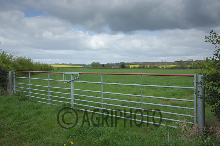 Field gates <br /> Picture Tim Scrivener 07850 303986<br /> &hellip;.covering agriculture in the UK&hellip;.
