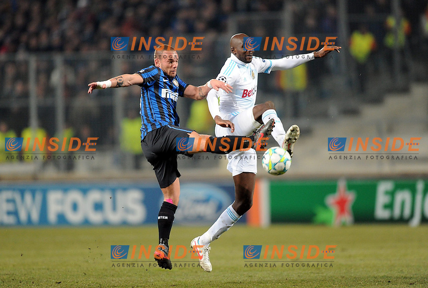 "Wesley SNEIJDER (int) - Alou DIARRA (om).Marsiglia 22/02/2012 Stadio ""Velodrome"".Football / Calcio Champions League 2011/2012.OM Marseille vs Inter.Foto Insidefoto / Anthony BIBARD / FEP/ Panoramic.ITALY ONLY"