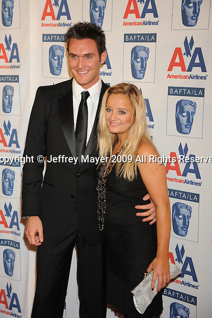 CENTURY CITY, CA. - November 05: Owain Yeoman and Lucy Davis attend the 18th Annual BAFTA/LA Britannia Awards at the Hyatt Regency Century Plaza Hotel on November 5, 2009 in Century City, California.