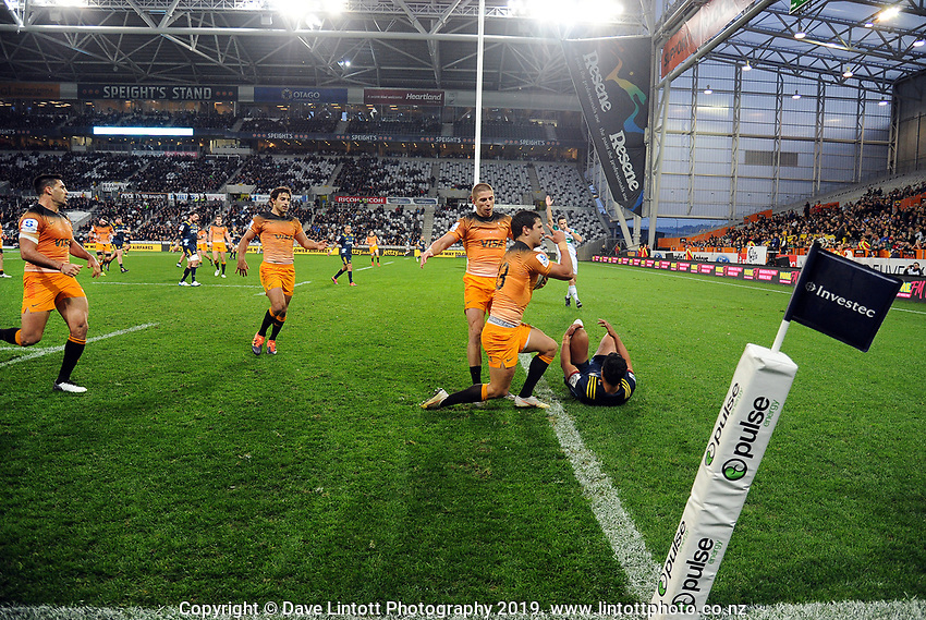 Matias Moroni scores the opening try during the Super Rugby match between the Highlanders and Jaguares at Forsyth Barr Stadium in Dunedin, New Zealand on Saturday, 11 May 2019. Photo: Dave Lintott / lintottphoto.co.nz