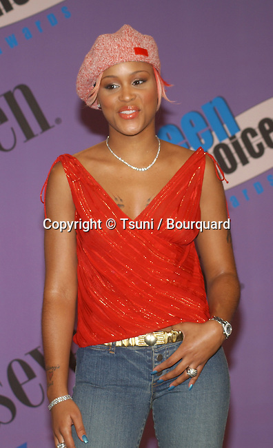 Eve backstage at the Teen Choice Awards 2001 at the Universal Amphitheatre in Los Angeles Sunday, August 12, 2001. She won Choice R&amp;B/Hip Hop Track with Gwen Stefani. Photo by &copy; Tsuni<br />           -            Eve01A.jpg