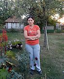 Silviana Marihkovic, die Serbin aus Gra?anica sucht seit 14 Jahren nach ihrem entführten Mann. Bis heute sind Entführungen und mögliche Fälle von gewaltsamen Organtransplantaionen im Kosovo nicht aufgedeckt. / Silvana Marihkovic a Serb from Gracanica. hijacking and possible cases of forcible organ transplantaions are not solved untill today.