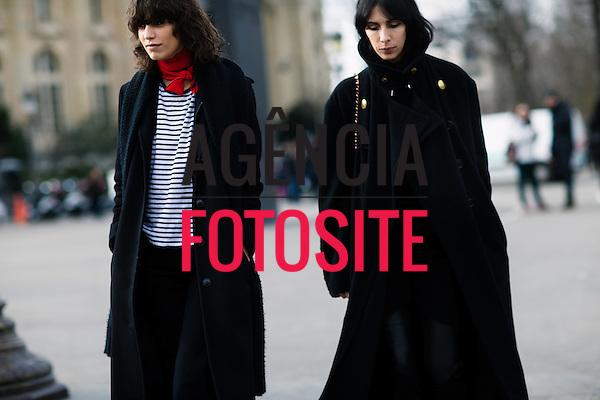 Street Style<br /> <br /> Alta Costura - Paris - Ver&atilde;o 2016<br /> <br /> <br /> foto: FOTOSITE