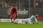 12.10.2018, Stadion an der Bremen Bruecke, Osnabrueck, GER, FSP, 1.FBL, VfL Osnabrueck vs Werder Bremen<br /> <br /> DFL REGULATIONS PROHIBIT ANY USE OF PHOTOGRAPHS AS IMAGE SEQUENCES AND/OR QUASI-VIDEO.<br /> <br /> im Bild / picture shows<br /> Davy Klaassen (Werder Bremen #30) mit Torschuss, <br /> <br /> Foto © nordphoto / Ewert