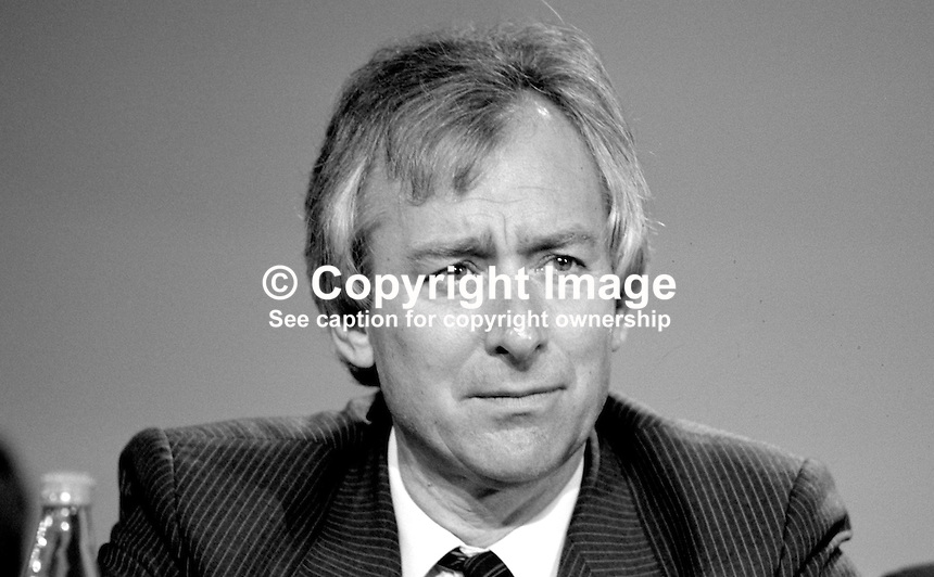 Michael Spicer, MP, Conservative Party, junior energy minister, UK,  on platform at annual conference, 19871033MS..Copyright Image from Victor Patterson, 54 Dorchester Park, Belfast, UK, BT9 6RJ..Tel: +44 28 9066 1296.Mob: +44 7802 353836.Voicemail +44 20 8816 7153.Skype: victorpattersonbelfast.Email: victorpatterson@me.com.Email: victorpatterson@ireland.com (back-up)..IMPORTANT: If you wish to use this image or any other of my images please go to www.victorpatterson.com and click on the Terms & Conditions. Then contact me by email or phone with the reference number(s) of the image(s) concerned.