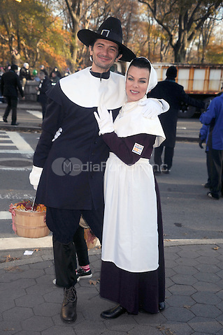 Gabriele Corcos and Debi Mazar at the 2011 Macy's Annual Thanksgiving Day Parade in New York City. November 24, 2011. © mpi01/MediaPunch Inc