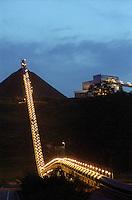 Esteira de rolagem. Cia. Vale do Rio Doce, Serra do Sossego<br /> Canãa dos Carajás-Pará-Brasil<br /> Foto: Paulo Santos/ Interfoto<br /> Negativo 135<br /> 03/2004