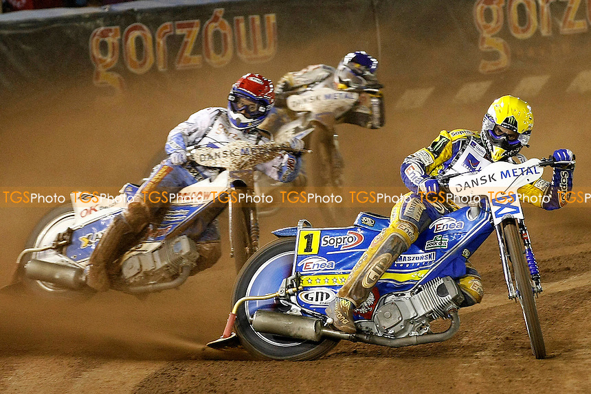 T.GOLLOB LEADS N.PEDERSENAND J.HAMPEL.- FIM Speedway Grand Prix at Vojens Speedway Centre, Denmark - 10/09/11 - MANDATORY CREDIT: Rafal Wlosek/TGSPHOTO - Self billing applies where appropriate - 0845 094 6026 - contact@tgsphoto.co.uk - NO UNPAID USE.