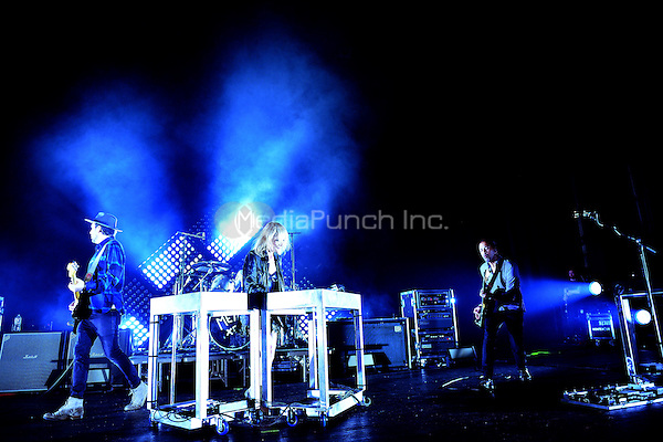 MIAMI BEACH, FL - NOVEMBER 02: James Shaw, Emily Haines, Joules Scott Key and Joshua Winstead of Metric performs onstage at the Fillmore Miami Beach on November 2, 2015 in Miami Beach, Florida. Credit: MPI10 / MediaPunch