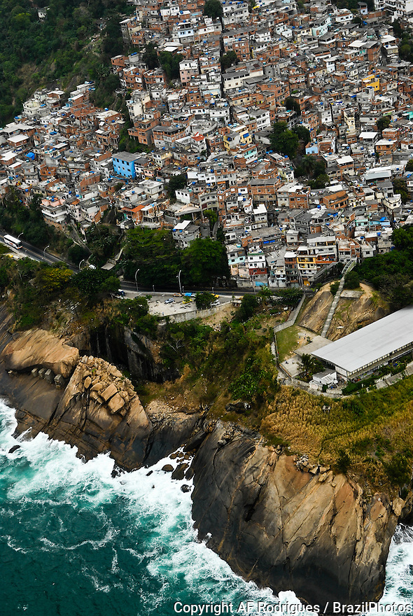 Morro do Vidigal, Rio de Janeiro favela between Leblon and São Conrado districts, high-class areas of the city, Brazil.
