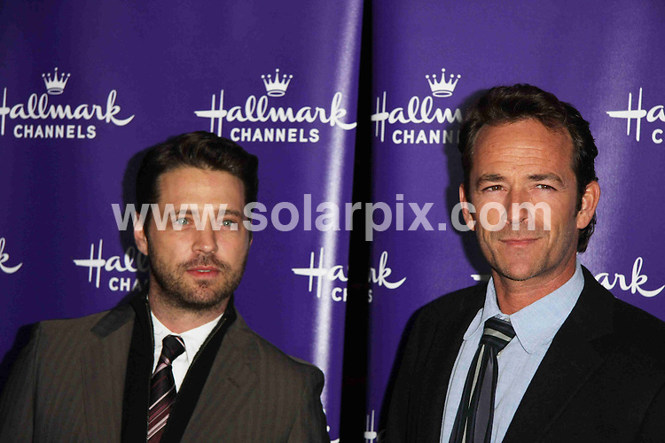 **ALL ROUND PICTURES FROM SOLARPIX.COM**                                             **SYNDICATION RIGHTS FOR UK, AUSTRALIA, DENMARK, PORTUGAL, S. AFRICA, SPAIN & DUBAI (U.A.E) & ASIA (EXCLUDING JAPAN) ONLY**                                                                                  Caption: Arrivals at the TCA Winter Press Tour - Hallmark Channel Evening Gala, held at Tournament House, Pasadena, CA, USA. 7 January 2011                                                                            This pic: Jason Priestley and Luke Perry                                                                                            JOB REF: 12645 PHZ Boddi       DATE: 07_01_2011                                                           **MUST CREDIT SOLARPIX.COM OR DOUBLE FEE WILL BE CHARGED**                                                                      **MUST AGREE FEE BEFORE ONLINE USAGE**                               **CALL US ON: +34 952 811 768 or LOW RATE FROM UK 0844 617 7637**