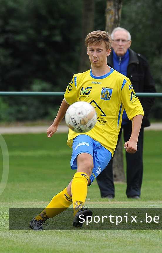 20150905 - WAREGEM , BELGIUM : Westerlo 's Jasper Cox pictured during the Under 19 ELITE soccer match between SV Zulte Waregem and KVC Westerlo U19 , on the fourth matchday in the -19 Elite competition. Wednesday 5 September 2015. PHOTO DAVID CATRY