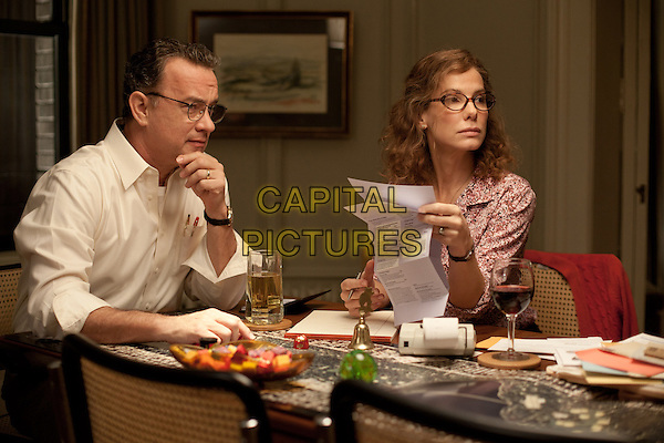 TOM HANKS & SANDRA BULLOCK .in Extremely Loud and Incredibly Close .*Filmstill - Editorial Use Only*.CAP/FB.Supplied by Capital Pictures.
