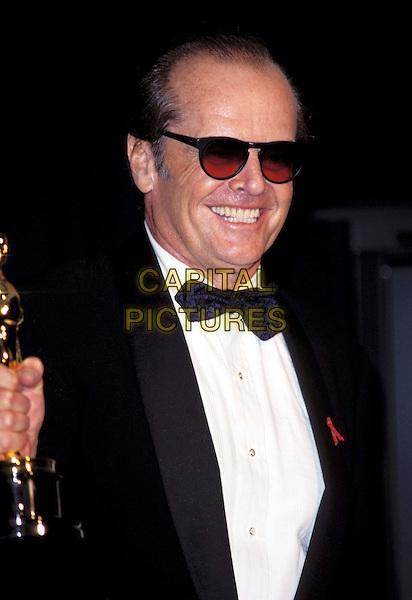 JACK NICHOLSON.Academy Awards.Ref: 7237 .sunglasses, shades, tuxedo, award winner, oscars, smiling, half length, half-length.www.capitalpictures.com.sales@capitalpictures.com.© Capital Pictures