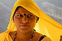 India, Jaipur, Rajasthani lady at Jaipur Fort, portrait