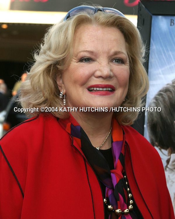 "©2004 KATHY HUTCHINS /HUTCHINS PHOTO.""THE NOTEBOOK"" PREMIERE.WESTWOOD, CA.JUNE 21, 2004..GENA ROWLANDS"