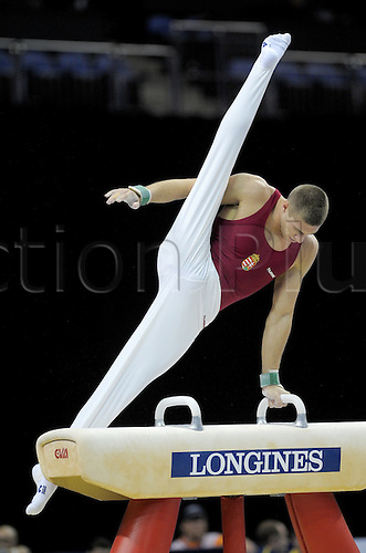 13.10.2009.World Gymnastics Champion ships at the O2 Arena London. Mens Qualifying Competition.Kristian Berki of Hungary in action. Photo: Alan Edwards/Actionplus. ..