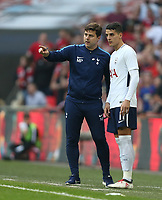 Tottenham Hotspur manager Mauricio Pochettino gives instructions to Tottenham Hotspur's Erik Lamela<br /> <br /> Photographer Rob Newell/CameraSport<br /> <br /> Emirates FA Cup - Emirates FA Cup Semi Final - Manchester United v Tottenham Hotspur - Saturday 21st April 2018 - Wembley Stadium - London<br />  <br /> World Copyright &copy; 2018 CameraSport. All rights reserved. 43 Linden Ave. Countesthorpe. Leicester. England. LE8 5PG - Tel: +44 (0) 116 277 4147 - admin@camerasport.com - www.camerasport.com