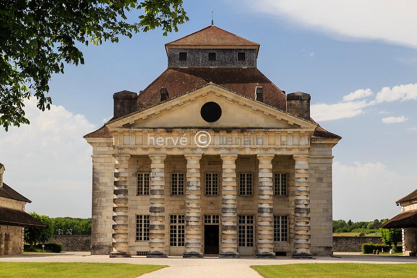 France, Doubs (25), Arc-et-Senans, saline royale d'Arc-et-Senans, classé patrimoine mondial de l'UNESCO, la Maison du directeur // France, Doubs, Arc et Senans, Royal Saltworks at Arc et Senans, listed as World Heritage by UNESCO, the house of the director
