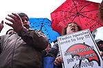 Pablo Vignali/ URUGUAY/ MONTEVIDEO/ Concentraci&oacute;n de &quot;Cincuentones&quot; convocada por la Confederaci&oacute;n de Organizaciones de Funcionarios del Estado (COFE) en defensa del proyecto de ley.<br /> En la foto: Cincuentones frente al Palacio Legislativo. Foto: Pablo Vignali / adhocFOTOS<br /> 20171017; d&iacute;a martes