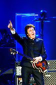 Dec 22, 2009: PAUL MCCARTNEY - O2 Arena London