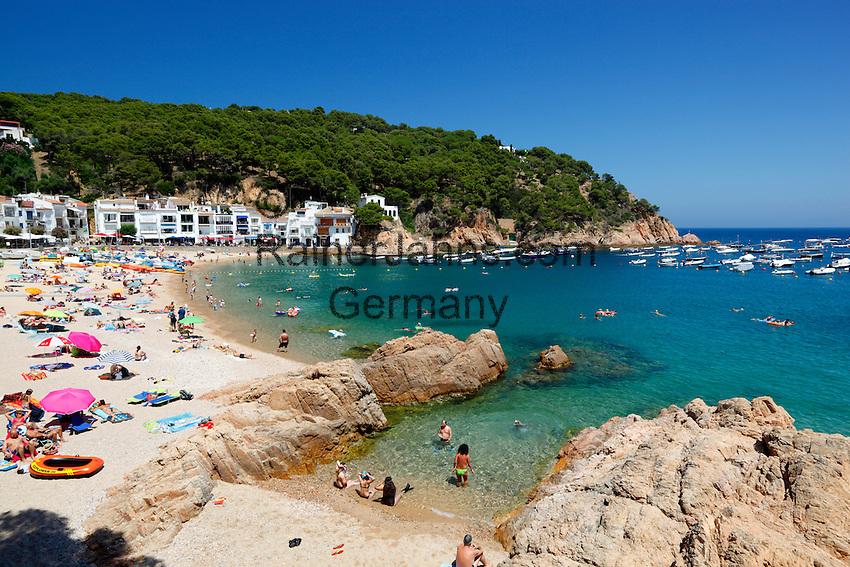 Spain, Catalonia, Costa Brava, Tamariu, bei Begur: Beach | Spanien, Katalonien, Costa Brava, Tamariu bei Begur: Strand