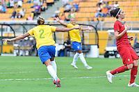 ATENÇÃO EDITOR FOTO EMBARGADA PARA VEÍCULOS INTERNACIONAIS - SAO PAULO, SP, 09 DE DEZEMBRO DE 2012 - TORNEIO INTERNACIONAL CIDADE DE SÃO PAULO - BRASIL x PORTUGAL: Mariana comeora segundo gol do Brasil durante partida Brasil x Portugal, válido pelo Torneio Internacional Cidade de São Paulo de Futebol Feminino, realizado no estádio do Pacaembú em São PauloFOTO: LEVI BIANCO - BRAZIL PHOTO PRESS