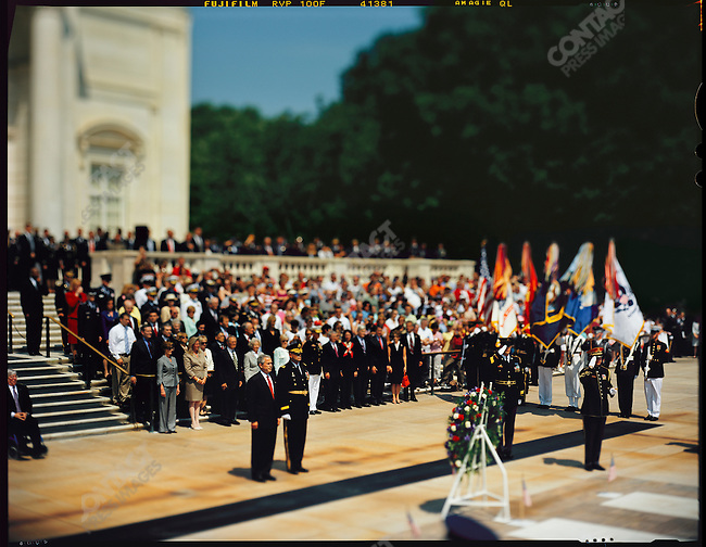 US President George W. Bush on Memorial Day at Arlington National Cemetery to commemorate fallen Americans of all wars. Virginia, USA, May 29, 2006
