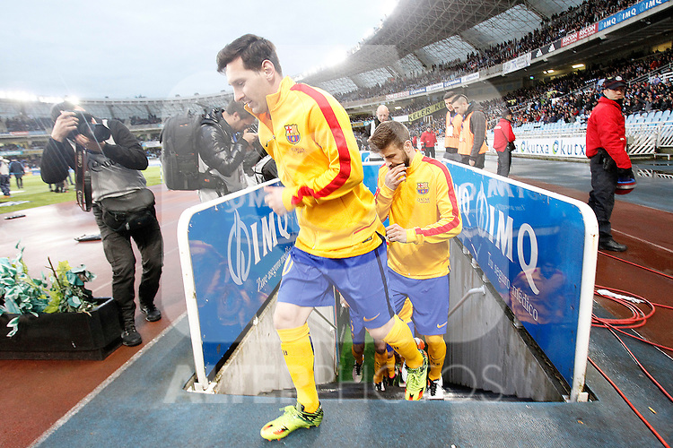 FC Barcelona's Leo Messi (l) and Gerard Pique during La Liga match. April 9,2016. (ALTERPHOTOS/Acero)