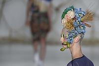 SAO PAULO, SP, 04.04.2014 - SPFW / VERAO 2015 / AMAPO - Modelo durante desfile da grife Amapo no São Paulo Fashion Week, Verão 2015 no Parque Candido Portinari regiao oeste de Sao Paulo nesta sexta-feira, 04. (Foto: William Volcov / Brazil Photo Press).