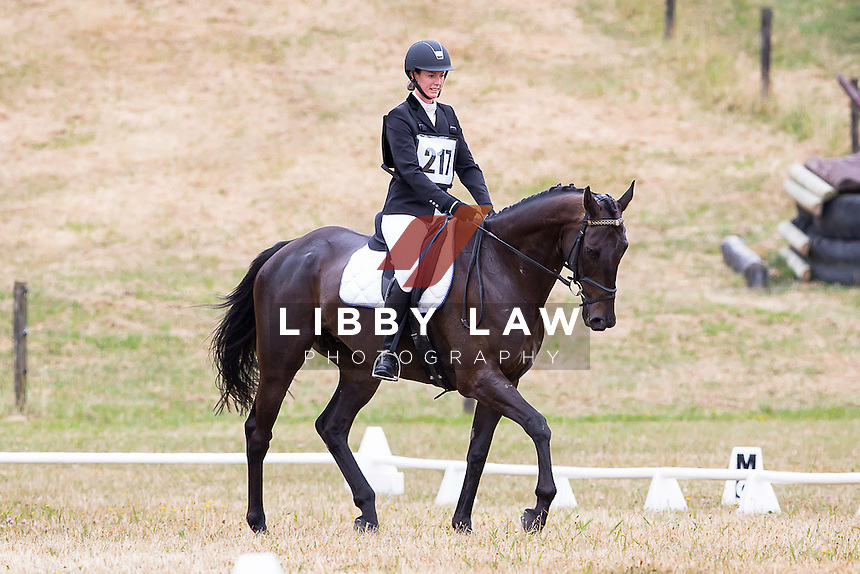 NZL-Sarah Boles (OLLIE) 2015 NZL-Hunua Pony Club ODE (Saturday 31 January) CREDIT: Libby Law COPYRIGHT: LIBBY LAW PHOTOGRAPHY