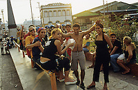 "Amerika S?damerika Lateinamerika Brasilien BRA . Jugendliche auf Strasse in Manaus -  Bevoelkerung Jugend Menschen xagndaz | .Latin America South america Brazil .young people at street in Manaus.| [ copyright (c) Joerg Boethling / agenda , Veroeffentlichung nur gegen Honorar und Belegexemplar an / publication only with royalties and copy to:  agenda PG   Rothestr. 66   Germany D-22765 Hamburg   ph. ++49 40 391 907 14   e-mail: boethling@agenda-fototext.de   www.agenda-fototext.de   Bank: Hamburger Sparkasse  BLZ 200 505 50  Kto. 1281 120 178   IBAN: DE96 2005 0550 1281 1201 78   BIC: ""HASPDEHH"" ,  WEITERE MOTIVE ZU DIESEM THEMA SIND VORHANDEN!! MORE PICTURES ON THIS SUBJECT AVAILABLE!! ] [#0,26,121#]"