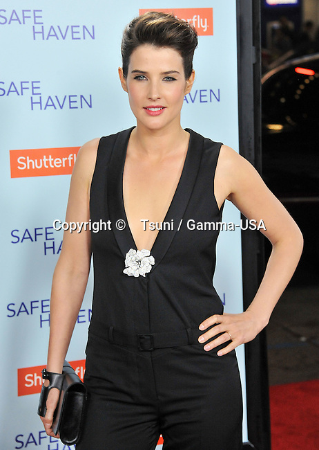 Cobie Smulders  at the Safe Heaven Premiere at the Chinese Theatre In Los Angeles.