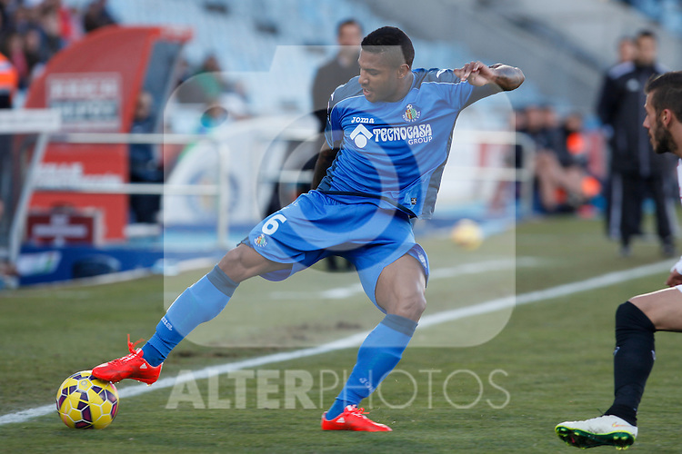 Getafe´s Sammir and Sevilla´s Kolo during 2014-15 La Liga match at Alfonso Perez Coliseum stadium in Getafe, Spain. February 08, 2015. (ALTERPHOTOS/Victor Blanco)