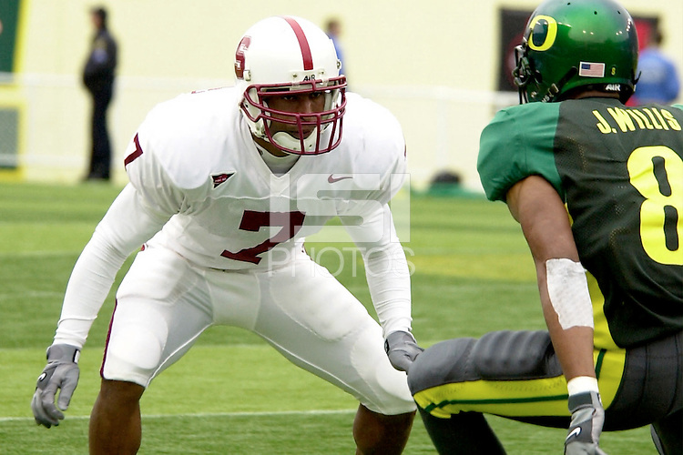 Ryan Fernandez in the second quarter during Stanford's 49-42 win over #5 ranked Oregon on October 20, 2001 in Eugene, OR.<br />