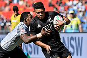 3rd February 2019, Spotless Stadium, Sydney, Australia; HSBC Sydney Rugby Sevens; New Zealand versus Fiji; Mens semi final; Tone Ng Shiu of New Zealand brushes off the Fijian tackle and heads for the try line