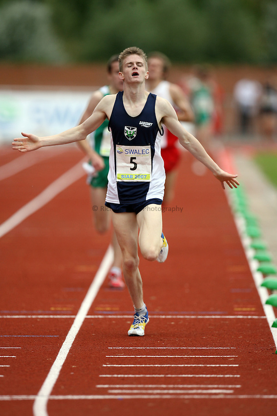 Photo: Rich Eaton...Schools International Athletic Board, Track & Field International Match, Newport. 21/07/2007. Sean Reilly of Scotland wins gold in the boys 1500m.