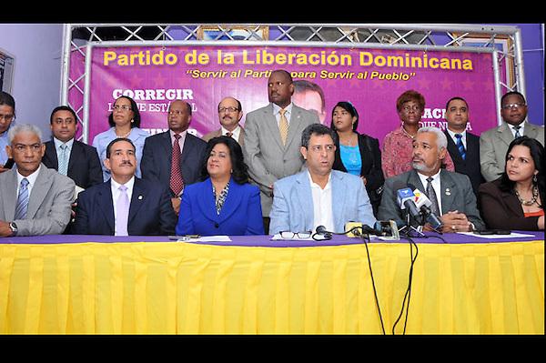 SANTO DOMINGO. RD. El Partido de la Liberaci&oacute;n Dominicana (PLD) anunci&oacute; la realizaci&oacute;n de su primera actividad de masas para el pr&oacute;ximo domingo 18 de septiembre en el Distrito Nacional de cara a ganar las elecciones presidenciales del 20 de mayo del 2012.<br /> El anunci&oacute; fue hecho por Felucho Jim&eacute;nez en representaci&oacute;n del Comit&eacute; Pol&iacute;tico del Partido de la Liberaci&oacute;n Dominicana y del Comit&eacute; Nacional de Campa&ntilde;a  en conferencia de prensa, realizada en la Casa Nacional pelede&iacute;sta.