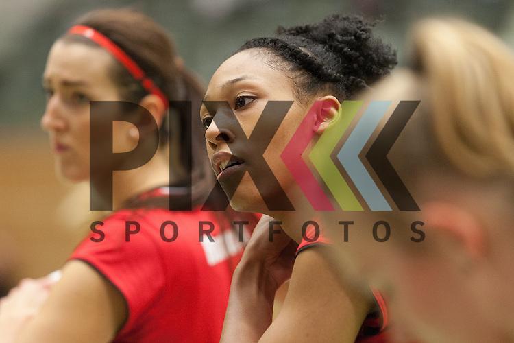 Koepenicks Lauren Barfield <br /> <br /> 05.12.2015 Volleyball Frauen 1. Bundesliga Koepenicker SC Berlin  - Schweriner SC <br /> <br /> Foto &copy; PIX-Sportfotos *** Foto ist honorarpflichtig! *** Auf Anfrage in hoeherer Qualitaet/Aufloesung. Belegexemplar erbeten. Veroeffentlichung ausschliesslich fuer journalistisch-publizistische Zwecke. For editorial use only.
