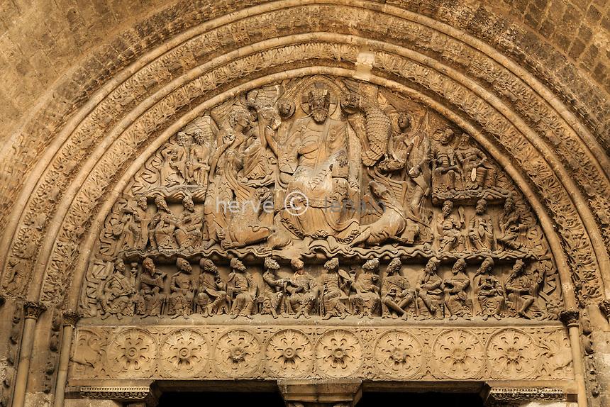 France, Tarn-et-Garonne (82), Moissac, abbaye Saint-Pierre, classé patrimoine mondial de l'UNESCO, tympan du portail sud de l'église // France, Tarn et Garonne, Moissac, Saint Pierre Abbey, listed as World Heritage by UNESCO, south Portal