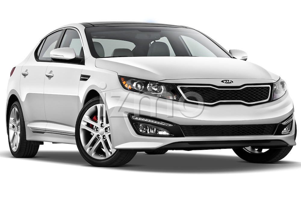 Low aggressive passenger side front three quarter view of a 2013 Kia Optima SXL