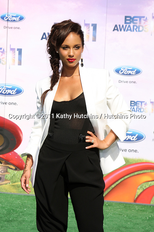 LOS ANGELES - JUN 26:  Alicia Keys arriving at the 11th Annual BET Awards at Shrine Auditorium on June 26, 2004 in Los Angeles, CA
