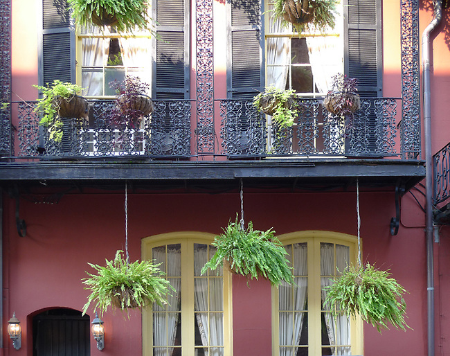 architecture in French Quarter of New Orleans