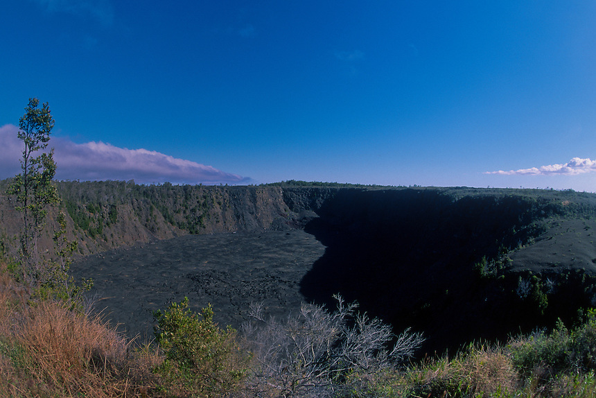 Kilauea Crater, Hawaii Volcanoes National Park, Big Island, Hawaii, US