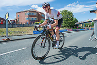 Picture by Allan McKenzie/SWpix.com - 16/07/17 - Cycling - HSBC UK British Cycling Grand Prix Series - Velo29 Altura Stockton Grand Prix - Stockton, England - Team Wiggins's Rhys Howells leads coming into the final laps of the race.