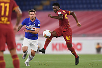 Amadou Diawara of Roma and Karol Linetty of Sampdoria<br /> during the Serie A football match between AS Roma and UC Sampdoria at Olimpico stadium in Rome ( Italy ), June 24th, 2020. Play resumes behind closed doors following the outbreak of the coronavirus disease. <br /> Photo Andrea Staccioli / Insidefoto