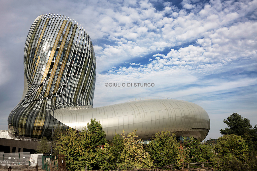 "The "" cité du vin "" opened in June 2016, offers multi-media experience to understand the culture associated with wine"
