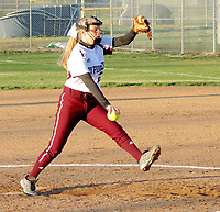Westside Eagle Observer/RANDY MOLL<br /> Gentry pitcher Makayla Case pitches during play against Siloam Springs on Thursday (March 1, 2018) at Gentry High School.