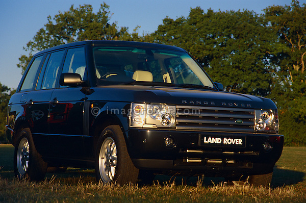 New Range Rover 3rd generation demonstrator on display at the Dunsfold Collection of Landrovers Open Day 2003. Dunsfold, Surrey, UK, Europe 2003. NO RELEASES AVAILABLE. Automotive trademarks are the property of the trademark holder, authorization may be needed for some uses.