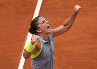 France, Paris, 02.06.2014. Tennis, French Open, Roland Garros, Sara Errani (ITA) screens it out after defeating Jelena Jankovic (SRB)<br /> Photo:Tennisimages/Henk Koster